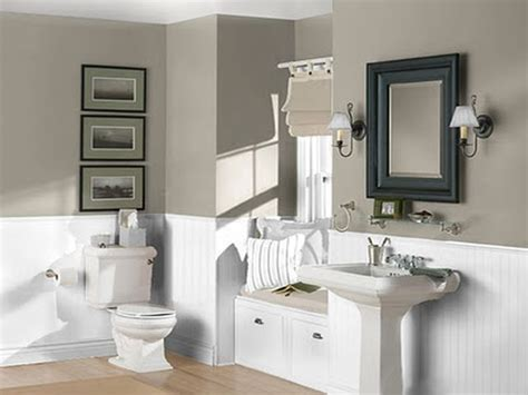 Best Bathroom Colors 2014 by Best 25 Small Bathroom Paint Ideas On Small