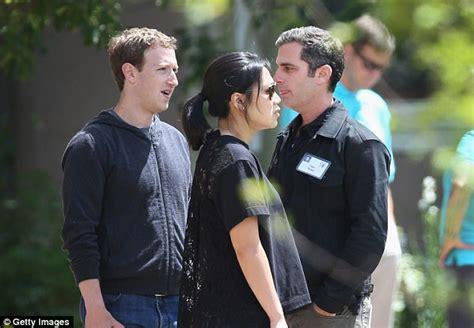 jose feliciano tyler texas mark zuckerberg and wife priscilla chan met with love