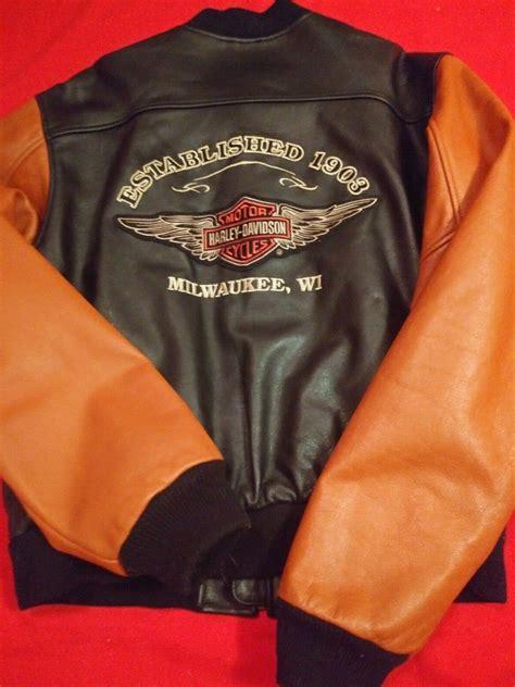 pin  alfiesa sekmi  kindle rock deals black leather