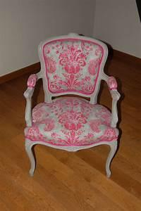 Fauteuil De Style : fauteuil cabriolet de style louis xv photo de realisations voltaire et cie ~ Teatrodelosmanantiales.com Idées de Décoration