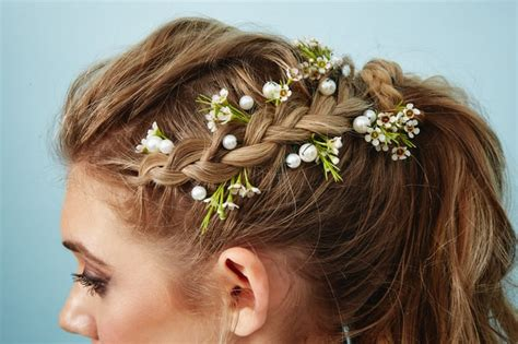The Flower Piece Pearl Hair Pins With Wax Flower Accents