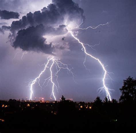 Mit Blitzen by T 246 Dliche Experimente Gewitter Blitze Waren Herrliche Tode