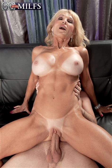 Hot Natural Milf Fucked