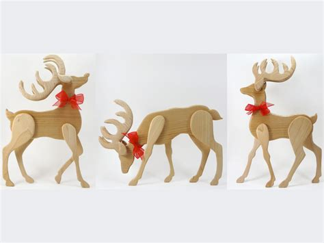 scroll sawn sleigh  reindeer vignette  sheila