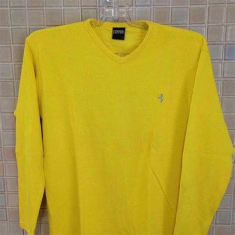 Podem ser de couro original, até mesmo de couro sintético ou ecológico. Blusa amarela 【 REBAIXAS Abril 】   Clasf