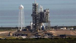 SpaceX launches rocket from NASA's historic moon pad | Fox ...