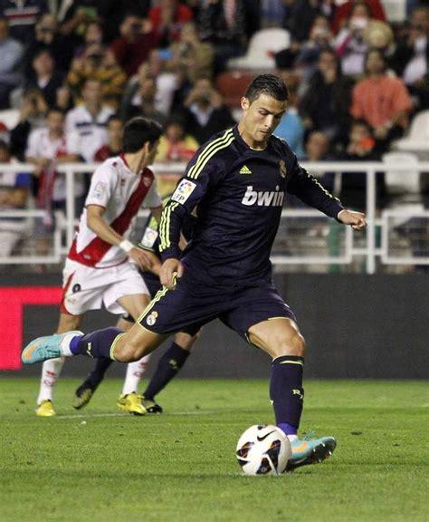 Real Madrid gana y es séptimo de liga española (Fotos ...