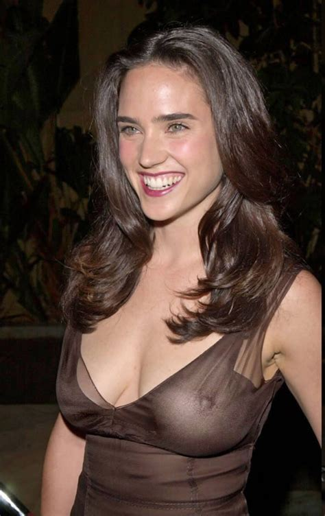 Sexy Jennifer Connelly Nude Boobs