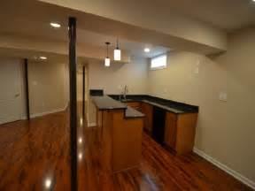 Wet Bars In Basements by Modern Basement Wet Bar Designs With Laminate Floors
