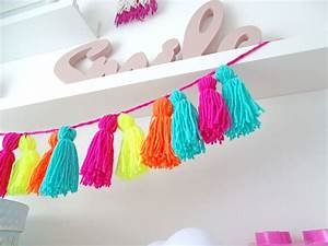 Girlande Selber Machen : diese neonfarbene tassel girlande peppt dein zimmer auf dezentpink diy ideen f r kinder ~ Orissabook.com Haus und Dekorationen