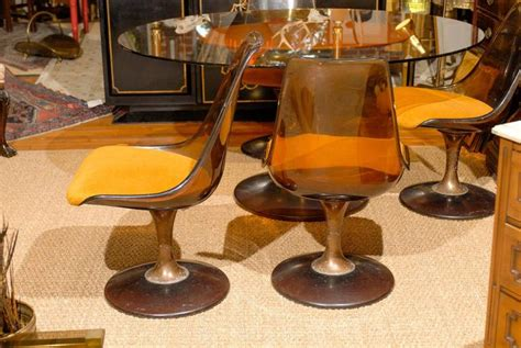 mid century tulip shaped table and four chairs for sale at