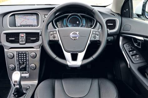 volvo   report pictures auto express