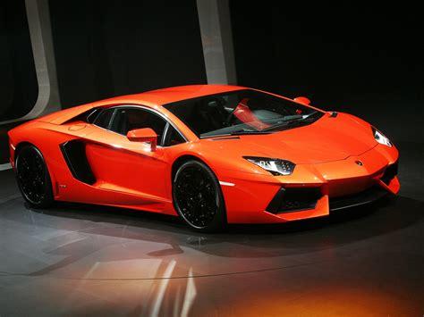 Red Lamborghini Super Sports Car Wallpaper