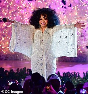 diana ross dazzles  sparkling white couture