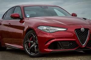 Essai Alfa Romeo Giulia : l 39 alfa romeo giulia quadrifoglio l 39 essai challenger r ussi ~ Medecine-chirurgie-esthetiques.com Avis de Voitures