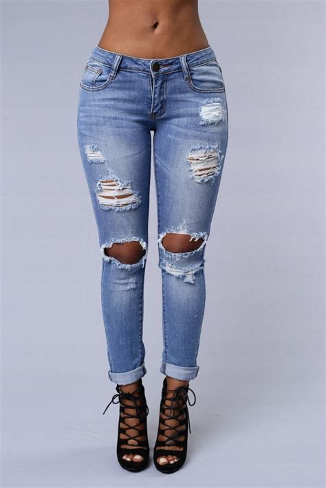 25+ best ideas about Light wash jeans on Pinterest | Mens skinny ripped jeans Warm winter ...