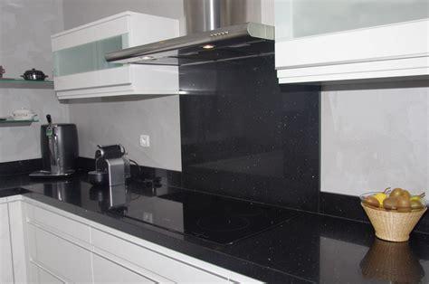 mosa ue cuisine credence pour salle de bain maison design bahbe com