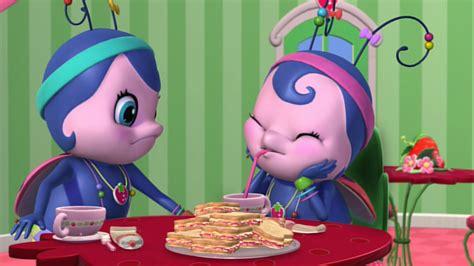 rabbit hutch strawberry shortcake bright lights