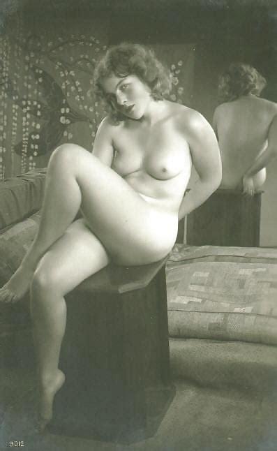 Vintage Erotic Photo Art Nude Model C