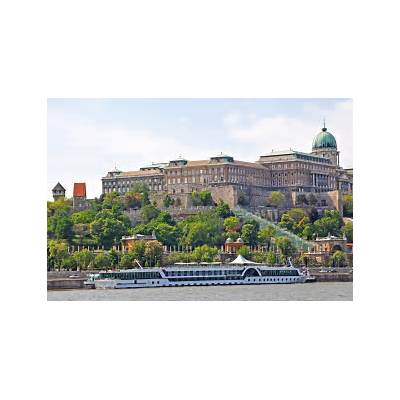 Buda Castle & Matthias Church Tour -