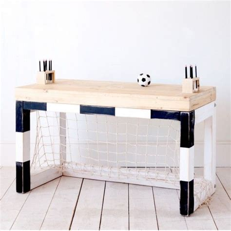 le bureau but de football gaming football