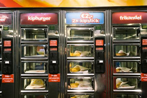 cuisine maghr饕ine febo vs smullers fast food vending machines in amsterdam netherlands that food cray