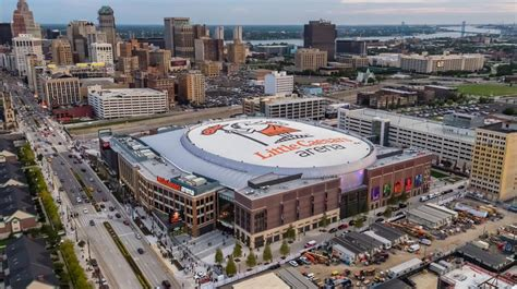 pistons play  preseason game   caesars arena
