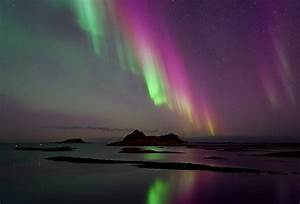 Amazing Purple Aurora Borealis - XciteFun.net