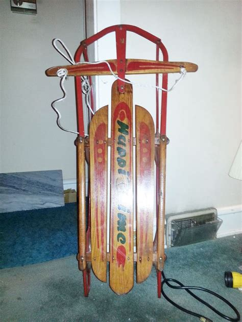 Permalink to Vintage Radio Flyer Sled