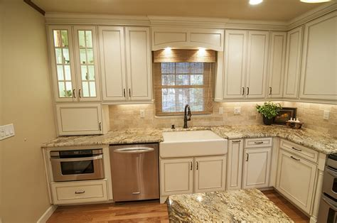 sanford lake house kitchen remodel  homestyles group