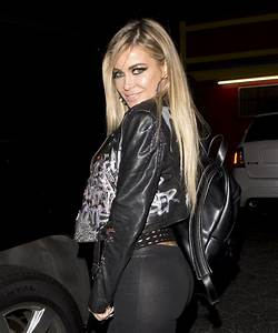 Carmen Electra Night Out Style - The Abbey Bar in West ...