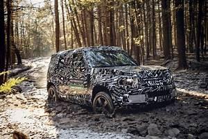 Nouveau Land Rover Defender : land rover montre le nouveau defender ~ Medecine-chirurgie-esthetiques.com Avis de Voitures