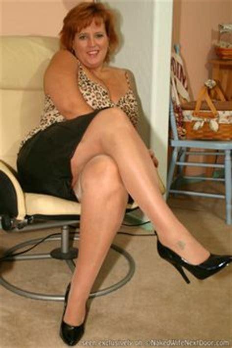 Pretty Feet Leggs Thighs On Pinterest Nylons Stockings And Legs