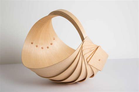 panier a bois design trugs le panier en bois cintr 233 par crisp