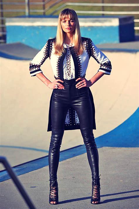 jessica hart photoshoot  bondi beach leather celebrities