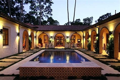 single story house plans  center courtyard mediterranean interior pool  google search