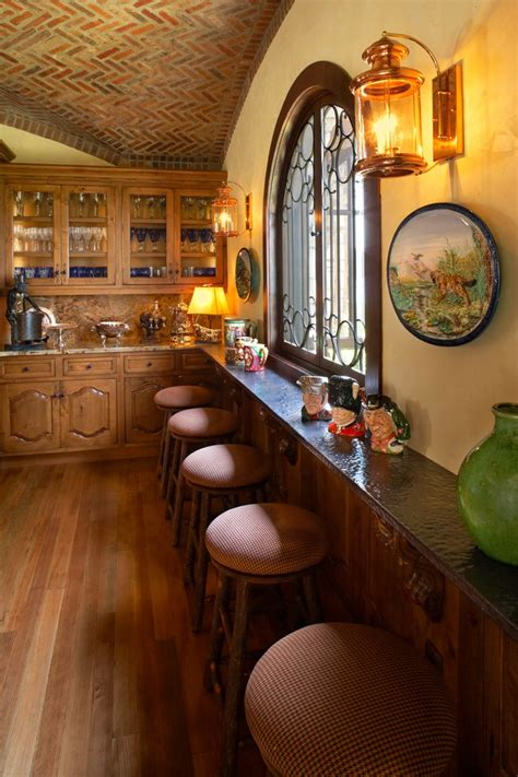 oak kitchen cabinets for best 25 world kitchens ideas on world 7128