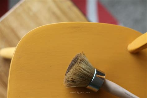 americana decor creme wax tutorial american chalky paint tutorial