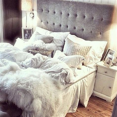 how to make a comforter beds with headboard 20 photos messagenote