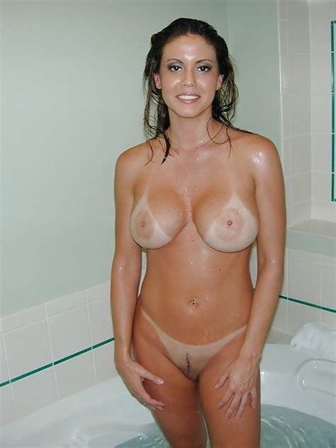 Busty Latina Wife With Nice Tan Lines In Bath Tub Milf Update