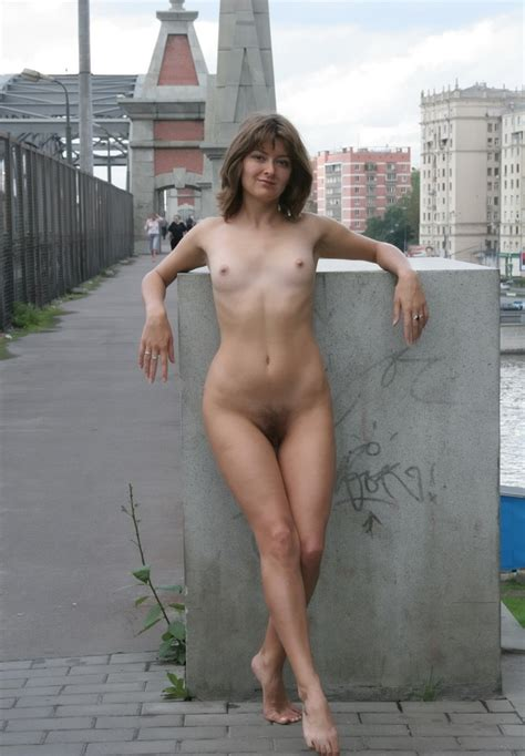 Russian Mature Wife Posing Naked At Public Russian Sexy Girls