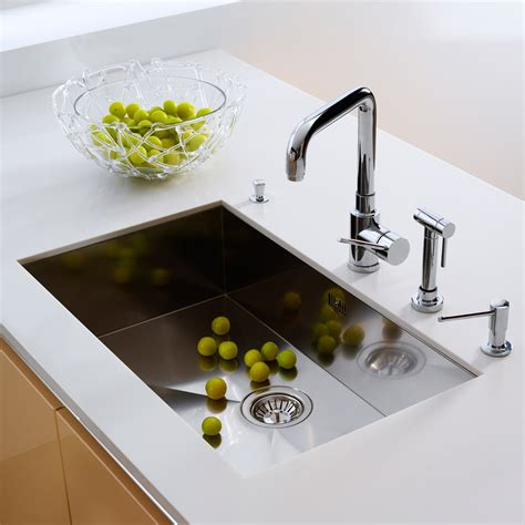 kitchen sinks undermount top mount