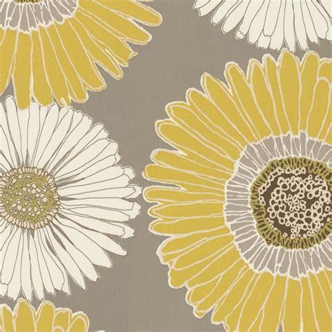drive  daisy  fabric   large yellow  white