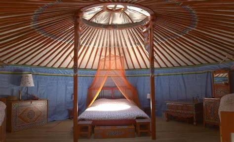 chambre d hote insolite yourte bretagne dormir dans une yourte en bretagne