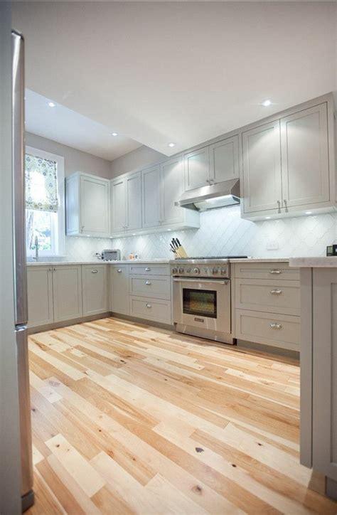 meuble de cuisine repeint comment repeindre une cuisine idées en photos