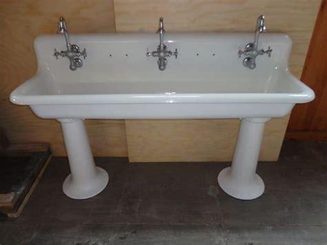 vintage cast iron bathroom sink vintage cast iron farm farmhouse pedestal trough sink