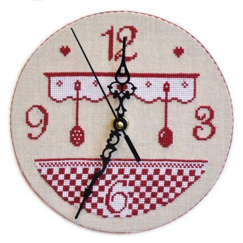 broderie cuisine horloge de cuisine grille seule avec explications