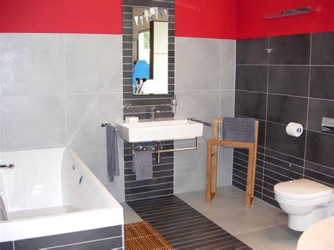 Fliesendesign Im Badezimmer Wohndesign