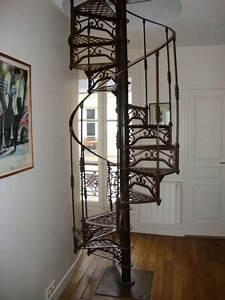 Escalier En Colimaçon : escalier colimacon fer forge paris annonce gratuite ~ Mglfilm.com Idées de Décoration