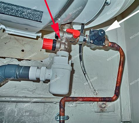 bricovid 233 o bricolage d 233 pannage plomberie chauffe eau 233 lectrique fuite en bas de la cuve